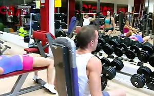 Chick with sectacular big melons snatch pounded in the gym
