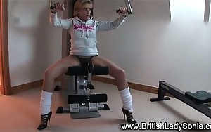 Lady Sonia works out in heels