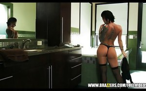 Bathing Christy Mack loves anal