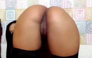 Huge Ass Milf Latin chick Shows off in doggy